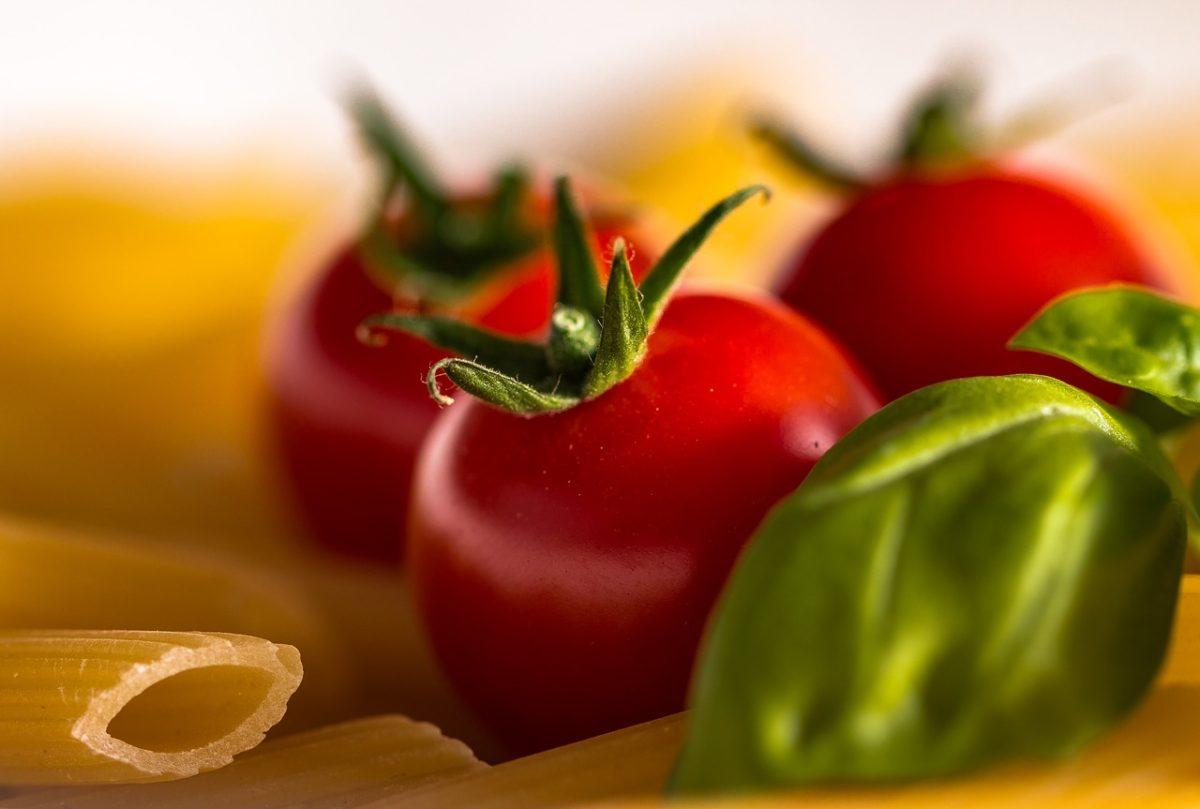 pasta basilico tomato